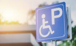 Persoane cu dizabilitati parcare