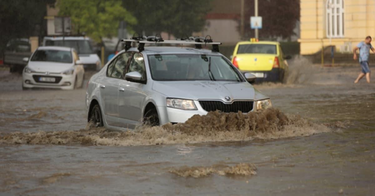 Masini SH inundate
